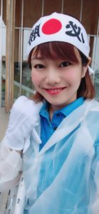 市長選挙活動のウグイス嬢の平野綾菜