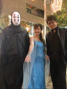 中州まつりのドレス仮装の平野綾菜