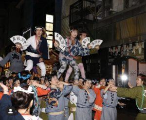 中州まつりの女神輿