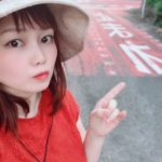 赤いドレスの平野綾菜