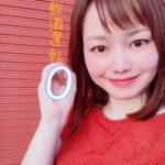 飲酒運転撲滅キャンペーン中の赤いドレスの平野綾菜