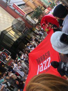 中洲Jazz2019パレードの旗