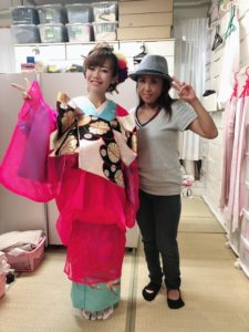 中州まつりの衣装を着つけてもらった平野綾菜、フェイススタジオ様画像